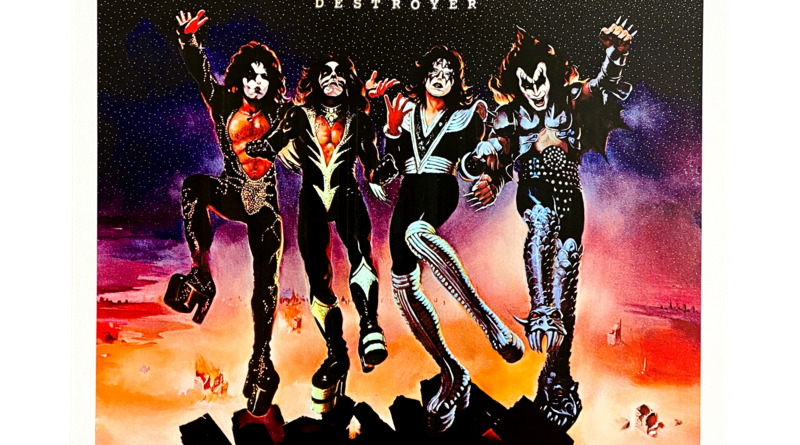 KISS announce Destroyer Super Deluxe Anniversary Edition.